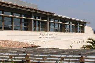 Toulon airport Vinci Airports