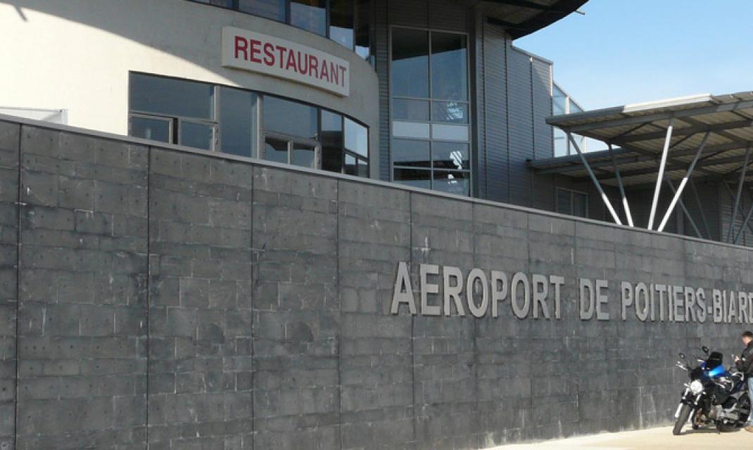 Vinci airports avec l a roport de poitiers biard vinci airports remporte un dixi me a roport - Chambre de commerce de poitiers ...
