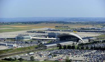 68989b363f3 Lyon-Saint Exupéry airport