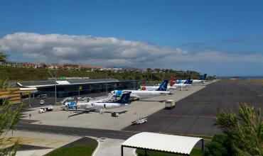 1ff360e7433 Ponta Delgada airport